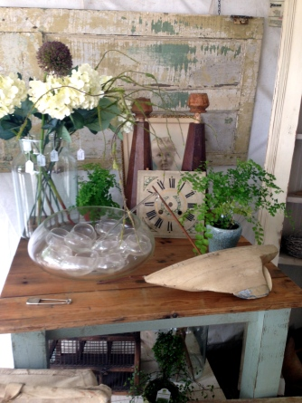 Brimfield antiques